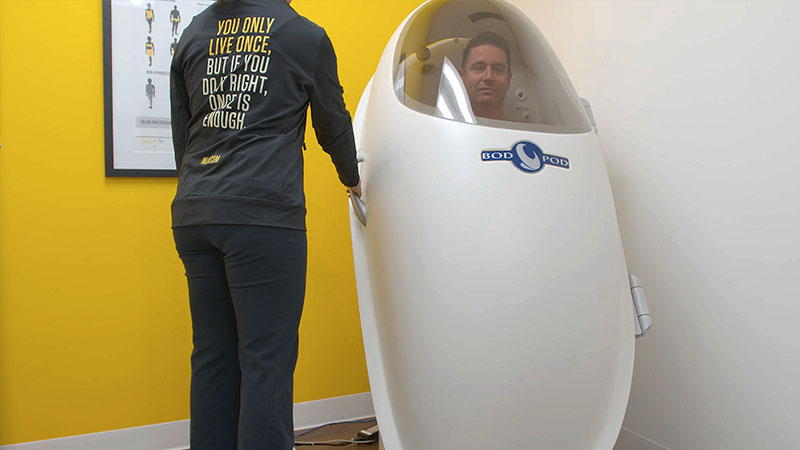 HOW DOES THE BOD POD WORK?