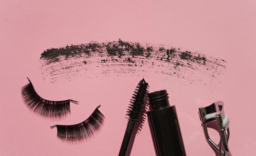 Longer, Thicker Lashes Without Extensions